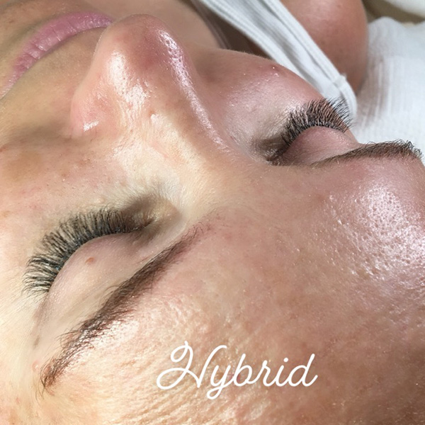 Hybrid lash extensions done at Queen of Hearts in Wailuku, Maui, Hawaii.