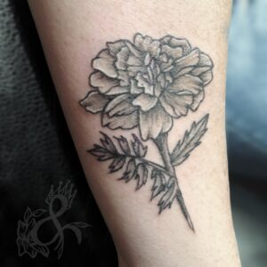 flower floral carnation nature tattoo linework maui hawaii queen of hearts